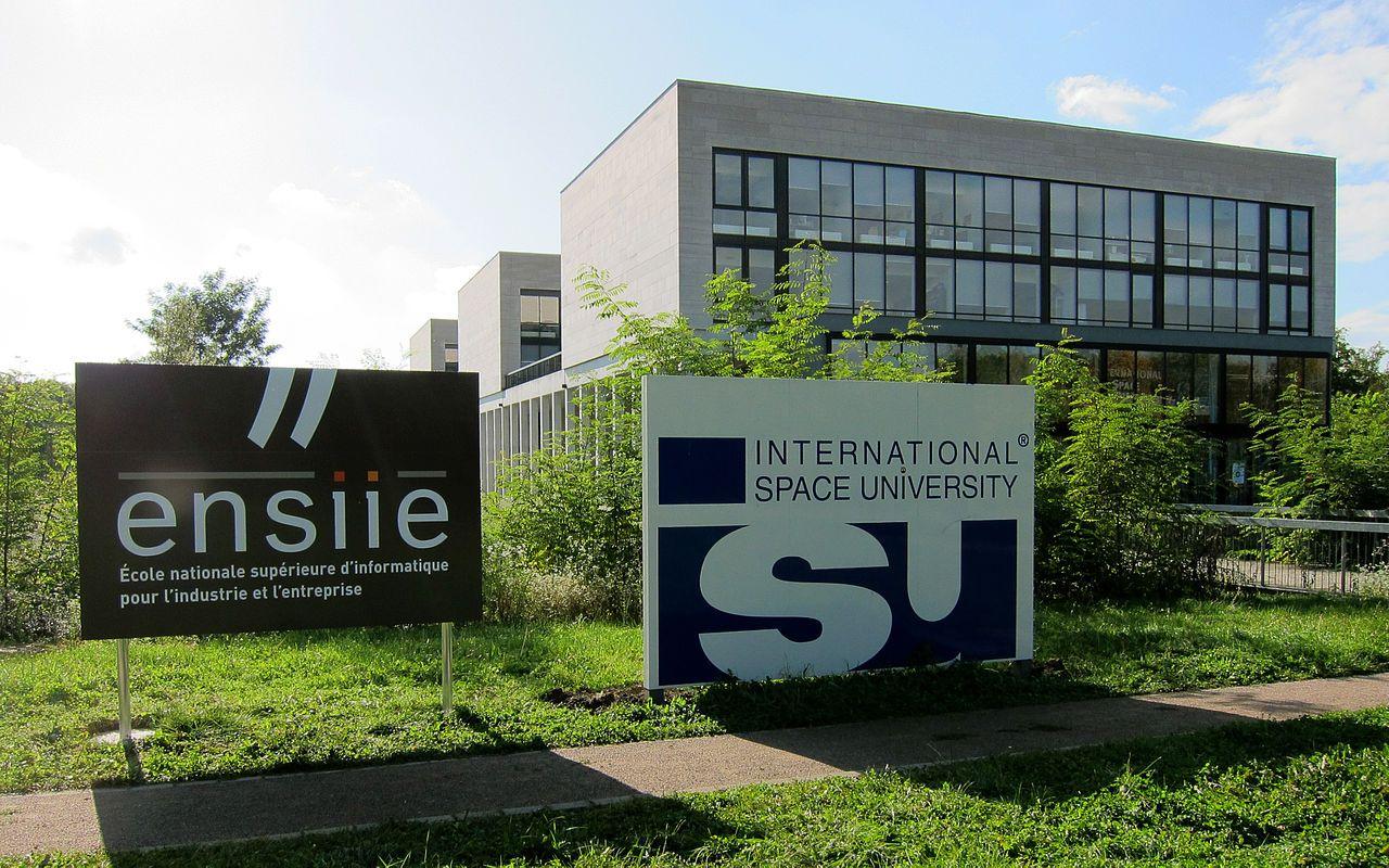 2009 : création de l'antenne à Strasbourg